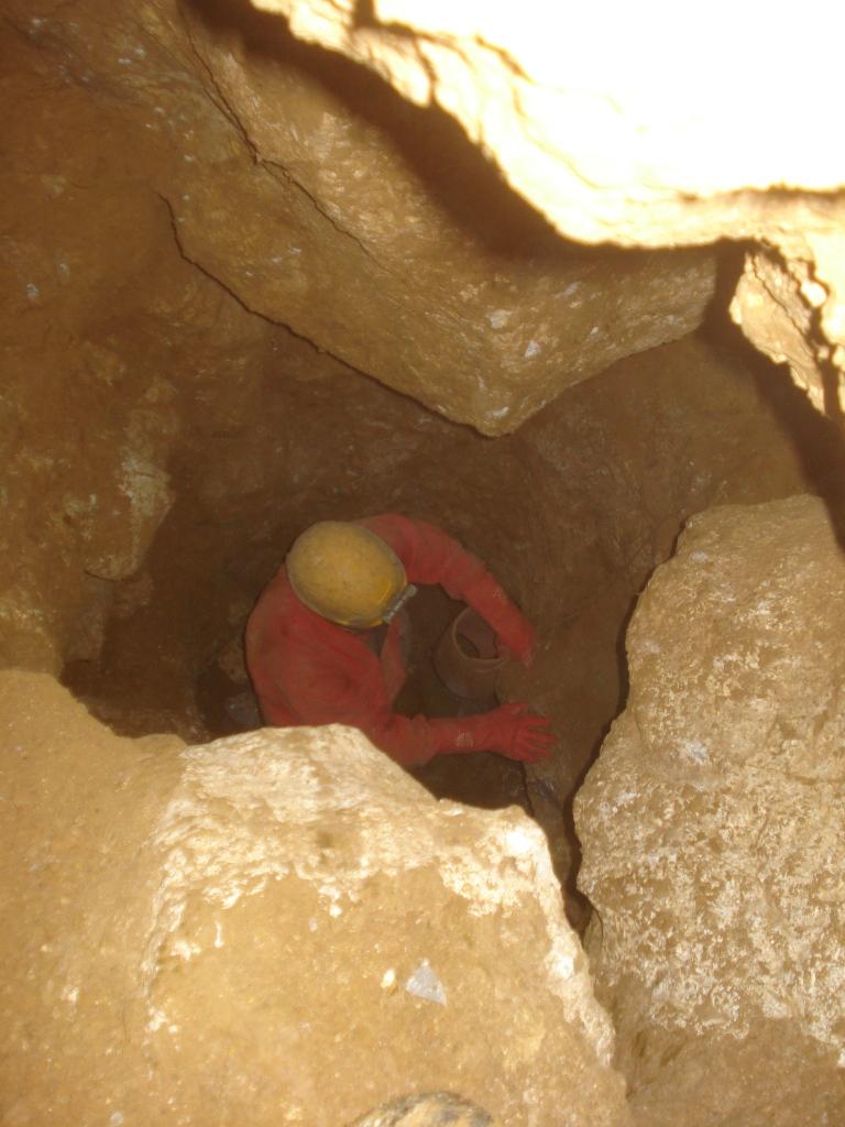 Pohled z nakopnuté chodbičky